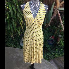 Yellow cherries? Beautiful Anna Sui dress with stunning back. Zip and button closure. Anna Sui Dresses