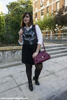 #buenosdías! Te pongas lo que te pongas, lleva debajo una camisa. Las pasarelas ya lo auraban! Hoy en el blog os hablamos de esta tendencia y os animamos a unir estas dos prendas en un #look de 10! Más en  http://www.justforrealgirls.com/2015/11/outfit-vestido-y-camisa-es-tendencia.html  #tdsmoda #justforrealgirls #fashionblogger #bloggerlife #bloggerssevilla #ootd #outfitoftoday