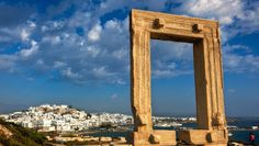 Naxos, the beating heart of the Cyclades Islands! Greece Tours, Greece Travel, Greece Trip, Naxos Greece, Greek Beauty, Greece Holiday, Greece Islands, Travel Tours, Vacation Spots