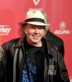Neil Young's PonoMusic Launches Crowdfunder Investment Campaign | Rolling Stone