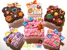 Mini Cake boxes by colourful-blossom.deviantart.com on @deviantART