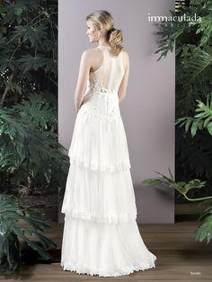 Dress: SORATO / Collection: HANAMI - My Essentials 2017 One Shoulder Wedding Dress, Wedding Dresses, Collection, Fashion, Couture, Bridal Gowns, Boyfriends, Bride Dresses, Moda