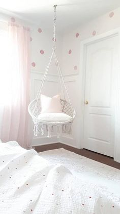 Sweet chairs for my room Sweet chairs for my . - Sweet chairs for my room Sweet chairs for my room - Cute Bedroom Ideas, Cute Room Decor, Girl Bedroom Designs, Teen Room Decor, Room Ideas Bedroom, Bedroom Couch, Swing In Bedroom, Tween Girls Bedroom Ideas, Teenage Girl Rooms