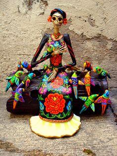 Frida Kahlo Catrina con pajaros by el_catrinero, via Flickr