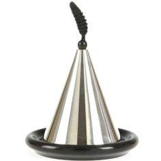 Hülya Çelik Papuççuoğlu tasarımı, kaplama gümüş kapaklı, el yapımı mermer lokumluk.