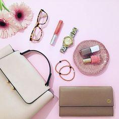 Monday pink essentials   #Monday #May #details #spring #jewelryoftheday #bracelet #zarahome #jools #eyewear #marcjacobs #loreal #gucci #nofilter #fashionstyle #streetstyle #instadaily #stylish #fashionista #inspiration #mystyle #styleoftheday #aboutalook #wiwt #trend #lookbook #girlboss #bloggerlife #bloggerstyle #fashionblogger #zkstyle