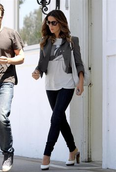 Kate Beckinsale Catalogue of Looks