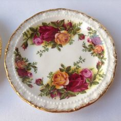 Royal Albert Old Country Roses 2 small plates by HouseOfHalo