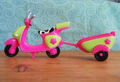 Polly Pocket Pink Green Moped Scooter with Trailer