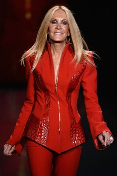 Red dress night out vans Joan Van Ark, Bobby, Donna Mills, Poor Little Rich Girl, Knots Landing, Dallas, Kino Film, Go Red, Fire Heart