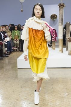 J.W.Anderson Fall 2018 Ready-to-Wear Fashion Show Collection