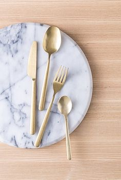 Nolan Gold 24 Piece Cutlery Set