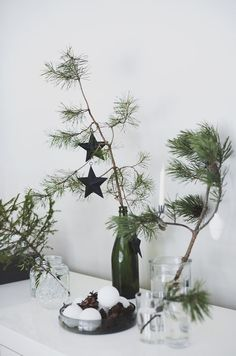 Most popular ways to simply stunning scandinavian christmas decorations diy 67 Scandinavian Christmas Decorations, Scandi Christmas, Minimal Christmas, Christmas Trends, Natural Christmas, Christmas Mood, Noel Christmas, Modern Christmas, Xmas Decorations