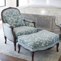 Elegant chair with ottoman
