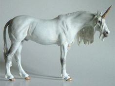 #custom Unicorn....WOW, love this! especially the way the forelock is on the face!