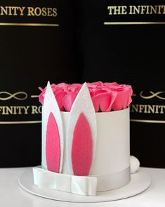 """THE INFINITY ROSES ROMANIA™ on Instagram: """"➖150RON➖"""" Infinity, Roses, Easter, Box, Instagram, Infinite, Snare Drum, Pink, Rose"""