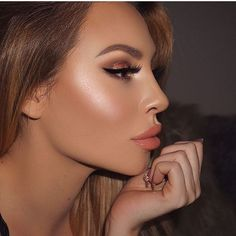 Laura Geller highlight GILDED HONEY