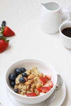 Recipe: Breakfast Berry Quinoa | Ashlee Proffitt