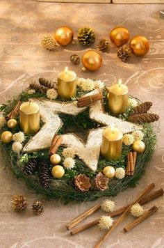 advent wreath More Advent Wreath Candles, Christmas Advent Wreath, Christmas Mood, Christmas Candles, Christmas Images, Rustic Christmas, Advent Wreaths, Nordic Christmas, Modern Christmas