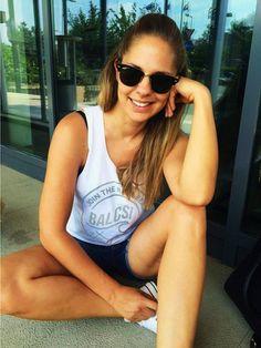 Budapest, Facebook, Tank Tops, Women, Fashion, Moda, Fashion Styles, Fashion Illustrations, Fashion Models