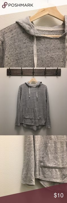 Heather Gray hoodie 🖤 Heather gray women's hoodie 🖤 Great condition. Let me know if you have any questions. SO Tops Sweatshirts & Hoodies
