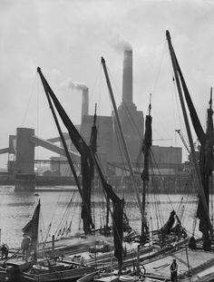 Boats in front of the Battersea Power Station, London, England, 1934 London Pictures, London Photos, Old Pictures, Old Photos, Liverpool Street, London Street, London Life, Vintage London, Old London