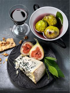 A swedish story about great combinations of wine and cheese | fruit: fig . Frucht: Feige . fruit: figue | Photo: Charlie Drevstam | food Styling: Elisabeth Johansson |