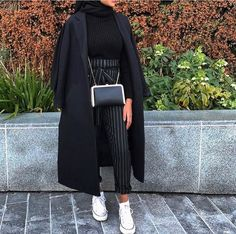 ig: eternaleuphoria_ Source by The post ig: eternaleuphoria_ appeared first on Fancy. Modest Fashion Hijab, Modern Hijab Fashion, Modesty Fashion, Street Hijab Fashion, Hijab Fashion Inspiration, Islamic Fashion, Muslim Fashion, Modest Outfits, Casual Outfits