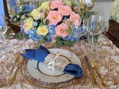Copen Blue and Champagne Roses @Linens by Lisa