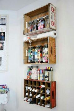 Trays hung on a wall. Great shelving for (pop-up) retail or home! popuprepublic.com