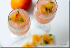 sparkling grapefruit zinger with peach ice cubes
