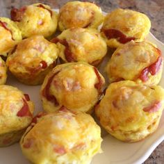 Ham and Cheese Biscuit Cups-looks like a good breakfast idea :)