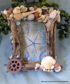 Driftwood and seashell Photo frame_beach by CarmelasCoastalCraft
