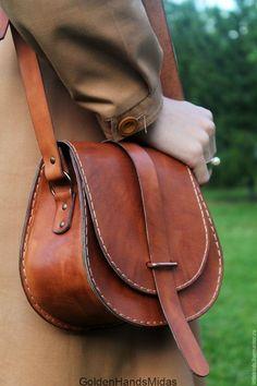 Leather Bags Handmade, Handmade Bags, Leather Craft, Fashion Handbags, Purses And Handbags, Fashion Bags, Style Fashion, Luxury Handbags, Leather Purses