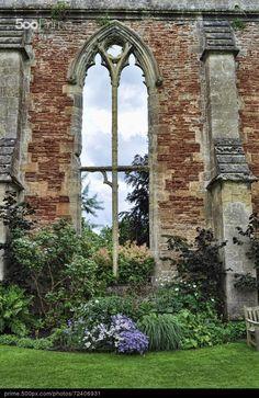Bishops Palace Wells - by Stephen Inglis