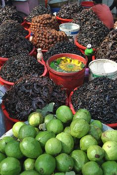 Mouth watering guavas and chatnis.. Dhaka My too mouht watering yumm much vitamine mm look soo good