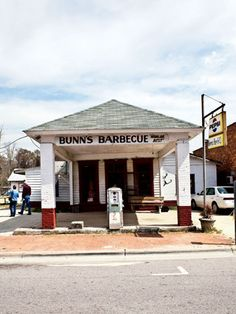 Bunn's Barbecue in Windsor, North Carolina. Photo by Peter Frank Edwards