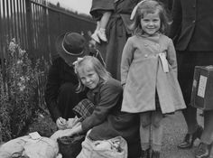 Labelled with love - what really happened to the evacuee kids in ...
