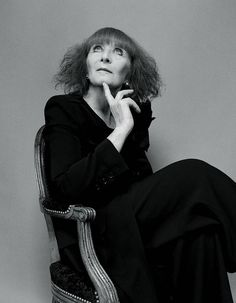 One of the most talented woman is gone. With her the catwalks were were so different. It has been a real pleasure to see her models running jumping on the catwalks. Thanks for everything Sonia Rykiel, Kate Barry, Thanks For Everything, Moda Fashion, Belle Photo, Behind The Scenes, People, Catwalks, Vintage