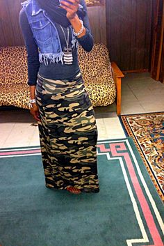 Camo maxi skirt! I want this outfit.
