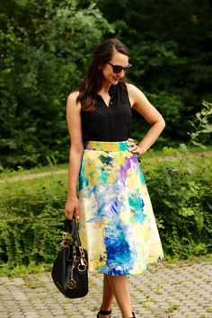 What is this, my 6th midi skirt post? I mean, I'm not counting or anything, but hopefully you know by now that…