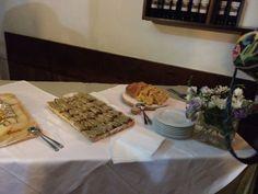 Buffet di benvenuto a La Cantina Castiglione del Lago #AlTrasimeno foto di @ladyzeta