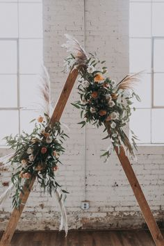 Chic Boho Wedding Arch Romantic and insanely smart wedding backdrop option for t. - Chic Boho Wedding Arch Romantic and insanely smart wedding backdrop option for the boho bride… # - Trendy Wedding, Boho Wedding, Floral Wedding, Wedding Styles, Wedding Blog, Winter Wedding Flowers, Fall Wedding Colors, Altar, Minimalist Wedding Invitations