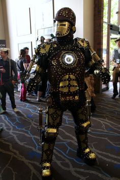 Awesome Steampunk cosplay at Salt City Steamfest 2014!
