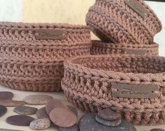 Marvelous Crochet A Shell Stitch Purse Bag Ideas. Wonderful Crochet A Shell Stitch Purse Bag Ideas. Crochet Bowl, Crochet Shell Stitch, Crochet Motifs, Tunisian Crochet, Love Crochet, Knit Crochet, Crochet Patterns, Crochet Crafts, Crochet Projects
