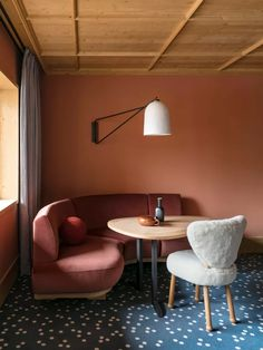 New Hotel Le Coucou Meribel Offers To Die For Interiors | Livingetc Interior Design Boards, Furniture Design, Pierre Yovanovitch, Design Blog, Luxury Homes Interior, Traditional Decor, Eclectic Decor, Home Decor Trends, Decor Ideas
