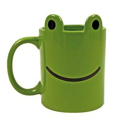 This mug really leaps off the shelf! Enjoy drinking from this fantastic friendly frog mug. Comes in special lily pond display box. Dishwasher and microwave safe. Frog House, Animal Mugs, Frog And Toad, Frog Frog, Cute Frogs, Cool Mugs, Display Boxes, Things To Buy, Tea Pots