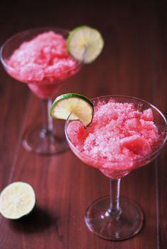 Watermelon and Lime Granita - Cuisineous Frozen Desserts, Frozen Treats, Watermelon Granita, Frozen Yoghurt, Edible Food, Blender Recipes, Easy Baking Recipes, Coconut Rum, Ice Cream Recipes