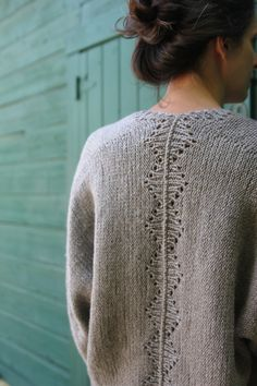 Ravelry: Savage Heart Cardigan pattern by Amy Christoffers Knit Cardigan Pattern, Sweater Knitting Patterns, Knit Patterns, Baby Knitting, Sweaters Knitted, Knitted Baby, Baby Sweaters, Loom Knitting, Free Knitting
