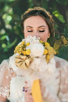 Vintage Glam Bridal Portraits / Hello Miss Lovely Photography
